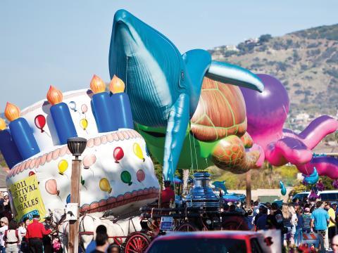 加利福尼亚州达纳点鲸鱼节游行活动